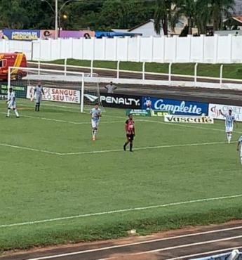 Sem a presença da imprensa, Crac e Anápolis empatam em 1 a 1