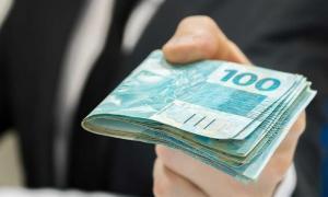 INSS começa a pagar 13º salário dos aposentados; veja calendário