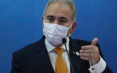 Ministro diz que vacinação de adolescentes começou antes do previsto