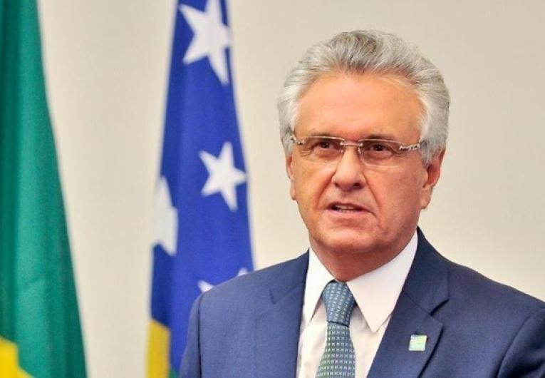 Caiado anuncia distribuição de absorventes a pessoas de baixa renda em Goiás