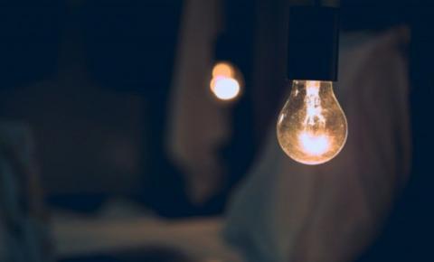 Energia mais cara: a cada R$ 53 gastos, consumidor vai pagar mais quatro reais