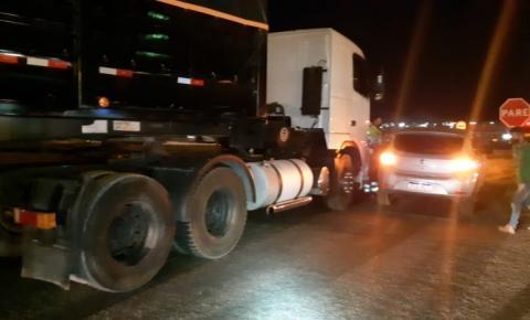 PRF atende colisão em horário de pico no trevo do JK, na BR 050 em Catalão