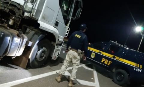 Motorista profissional é preso com carro roubado na BR 050, em Catalão