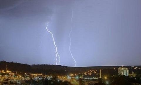 Goiás: Inmet prevê chuva com possibilidade de rajadas de ventos de 100 km/h