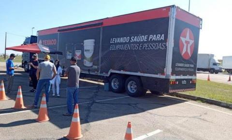 Parceria entre Eco050 e Texaco leva promoção à saúde dos caminhoneiros à BR-050
