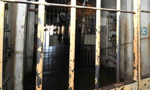 Familiares cobram retorno de visitas a detentos de Goiás