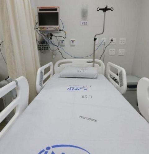 Governo zera imposto de remédio para tratamento de câncer